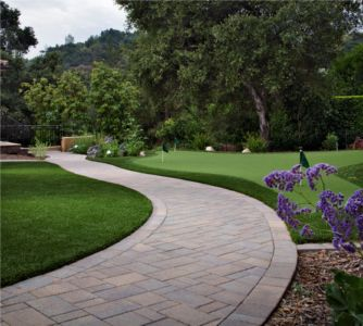 National Hardscape manufacturer Belgard projects located in California.
